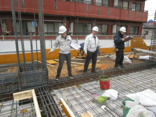 (仮称)TT-FLAT新築工事 B棟1階スラブ配筋検査