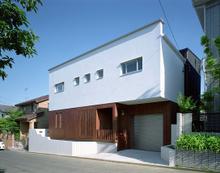 ホームページの作品集に「住宅:船橋の家」を追加しました。