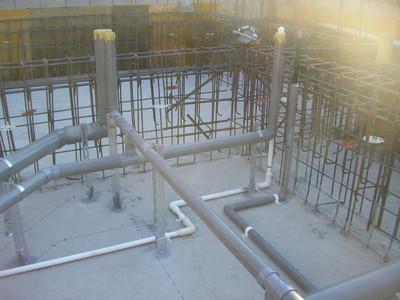 ハナミズキ通りの家 ピット内配管工事から基礎・土間コンクリート打設まで