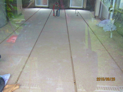 I 邸リノベーション工事 床下時完了、壁の左官工事開始