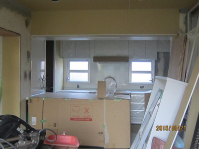 I 邸リノベーション工事 システムキッチン取付完了