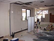 柳澤税理士事務所改修計画現場リポート 解体工事完了