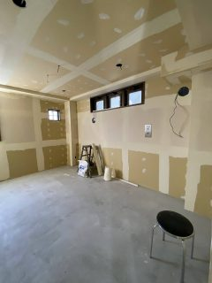 オフィスビルをグループホームへリノベーション 内装工事